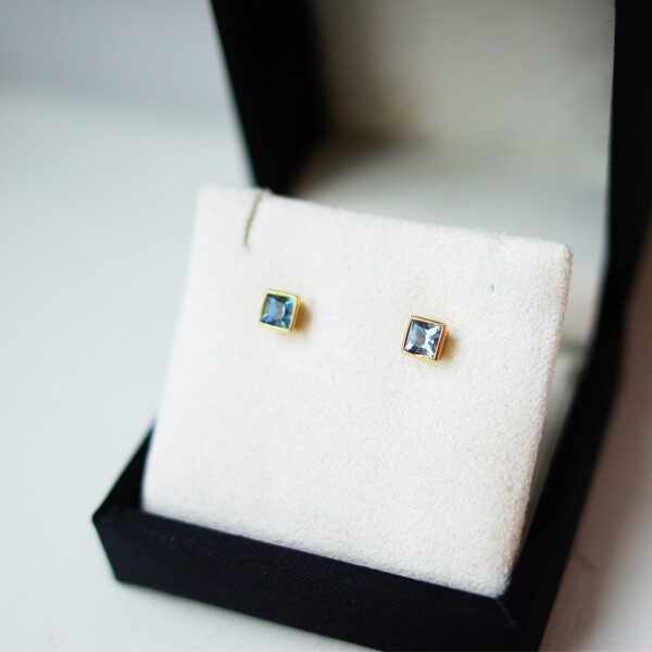 Princess Cut Aquamarine in Yellow Gold Studs
